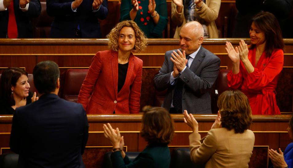 La nova presidenta del Congrés, Meritxell Batet, aplaudida després de ser escollida per diputats del PSOE el 3 de desembre del 2019.