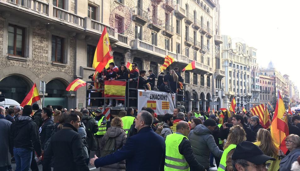 Imatge de la manifestació constitucionalista a Barcelona.