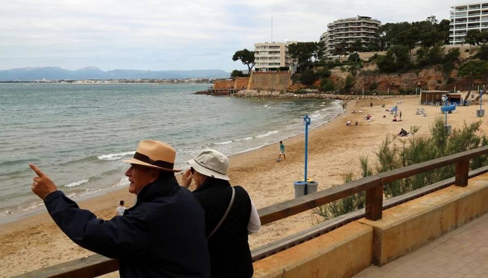 Imatge d'arxiu de turistes a Tarragona