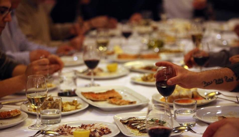 Imatge d'arxiu d'un sopar d'empresa