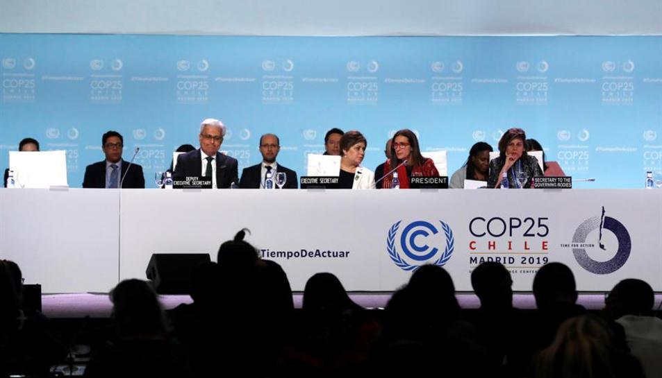 La ministra xilena de Medi Ambient presidint el COP25 que aquest diumenge ha tancat un acord.