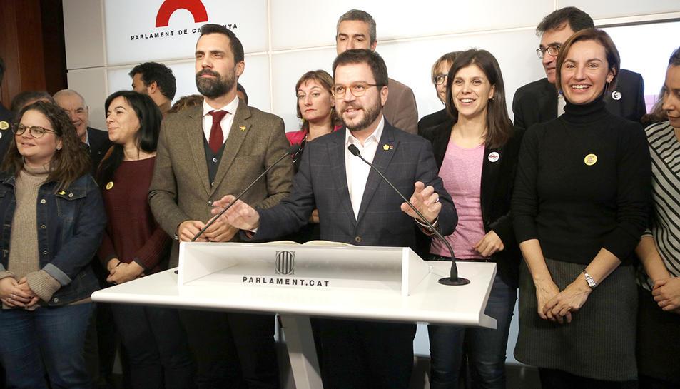 El coordinador nacional d'ERC, Pere Aragonès; el president del Parlament, Roger Torrent; la secretària general adjunta, Marta Vilalta; i la portaveu parlamentària Anna Caula.