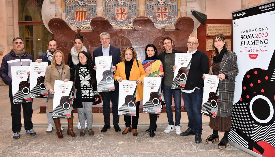 Imatge de la presentació del festival amb el cartell de l'edició d'enguany.