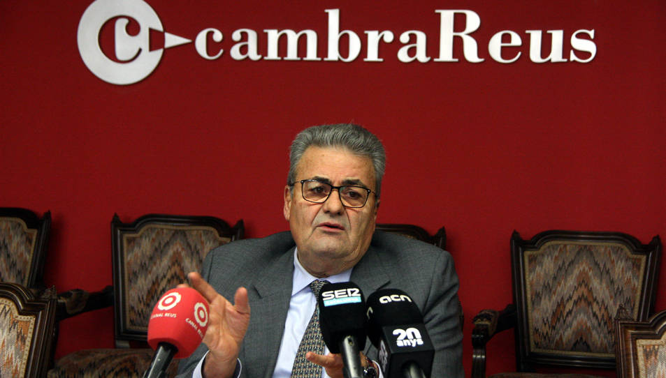 Pla mitjà del president de la Cambra de Reus, Jordi Just, en roda de premsa el 14 de gener del 2019.