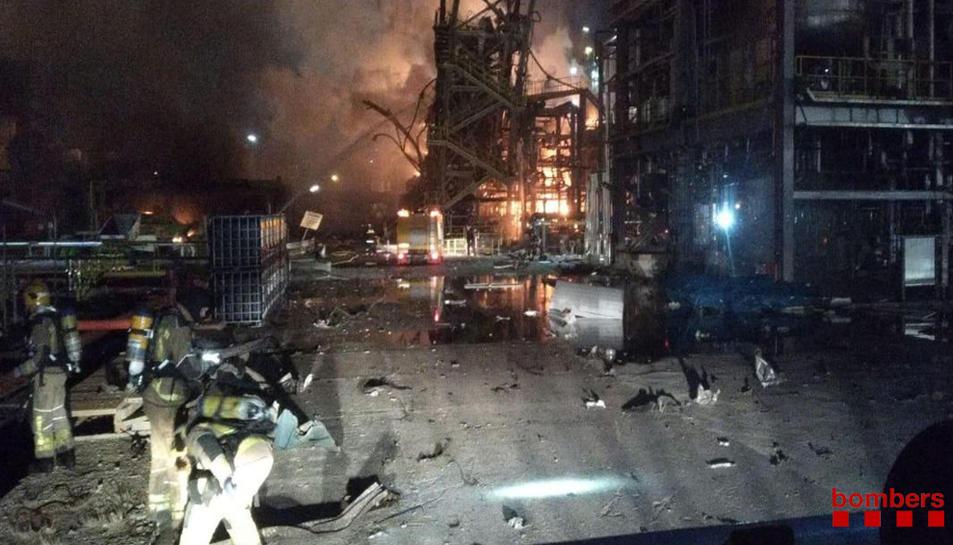 Explosió a l'empresa IQOXE de la Canonja