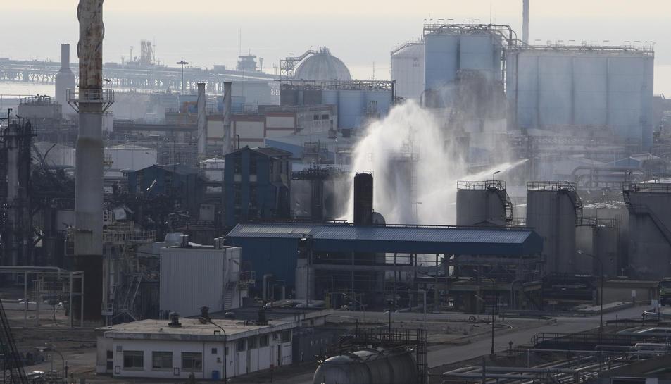 Pla aeri de les instal·lacions de l'empresa química IQOXE.