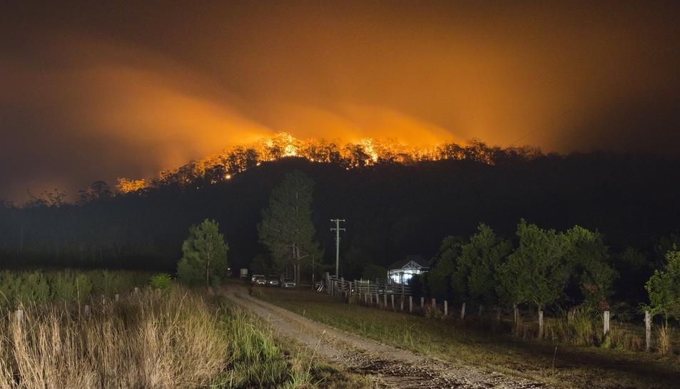 Austràlia, afectada per una onada de grans incendis. Imatges de la fotoperiodista reusenca Anna López.
