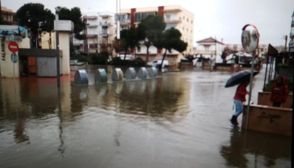 Avinguda Diputació de Salou inundada.