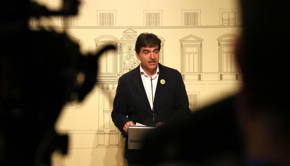 Imatge d'arxiu del president del grup parlamentari d'ERC, Sergi Sabrià, en roda de premsa.