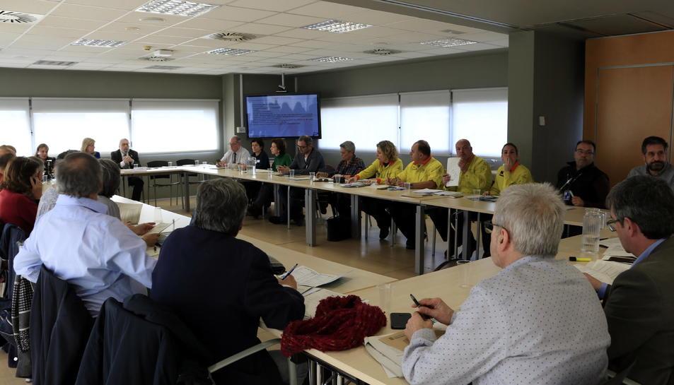 Reunió del Comitè d'Anàlisi i Seguiment de Malalties Transmissibles Emergents d'Alt Risc a l'Agència de Salut Pública de Catalunya, per aprovar el protocol d'actuació davant de casos sospitosos del nou coronavirus.