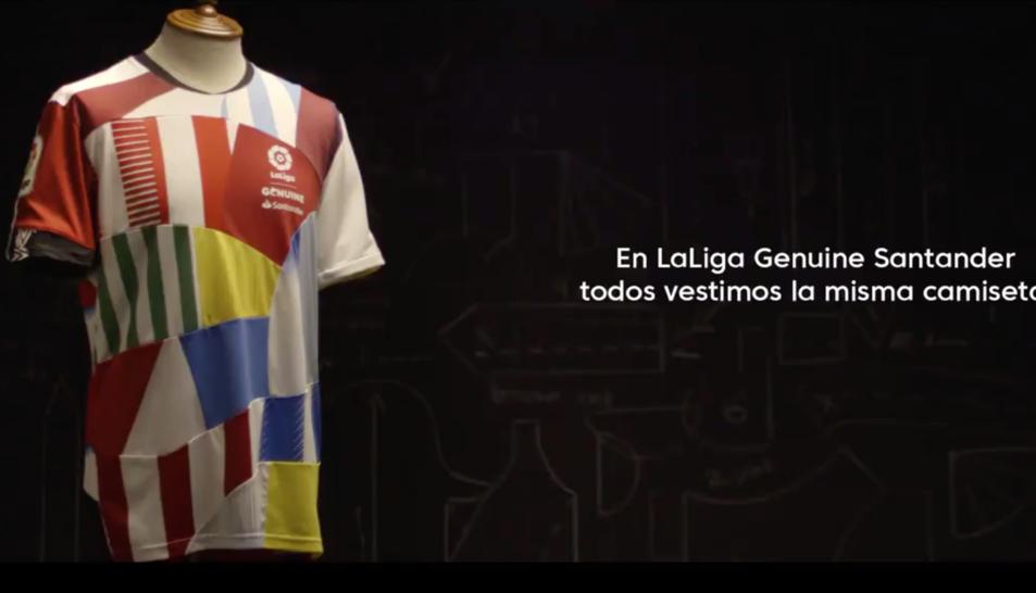 La samarreta amb els colors dels 36 equips.