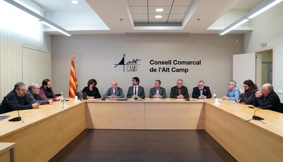 Imatge de la reunió al Consell Comarcal de l'Alt Camp.