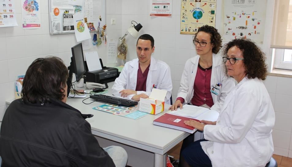 L'hepatitis crònica per virus C és considerada actualment com un problema de salut pública.