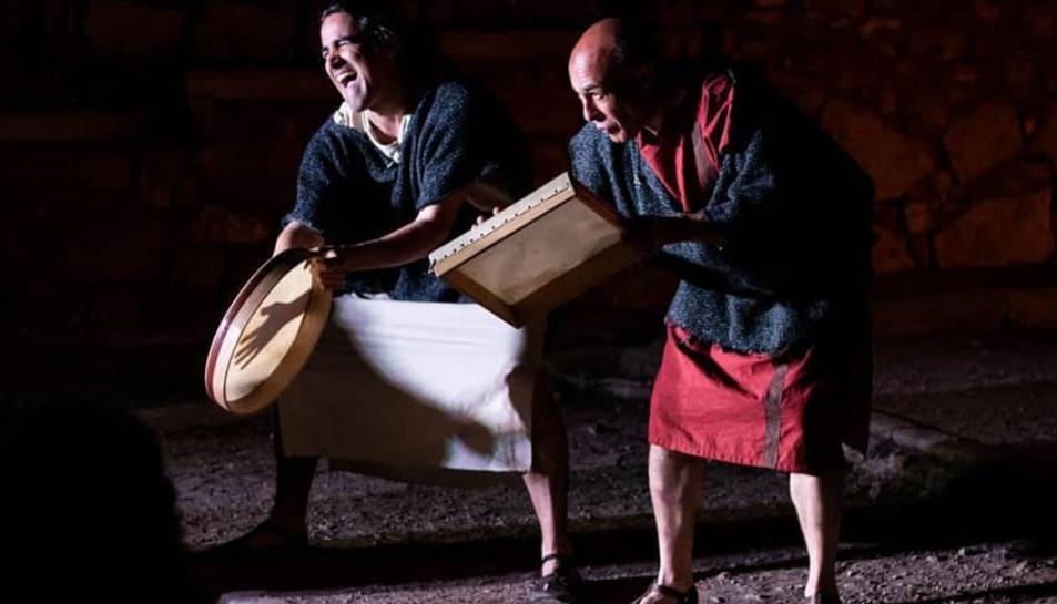 ero sed non serio, recreació d'una companyia de teatre clàssic romà, que l'Aula de Teatre de la URV - Zona Zàlata va estrenar al Festival Tàrraco Viva de 2019.