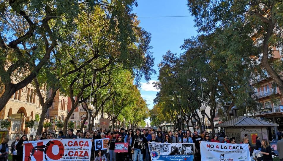 Imatge de la manifestació d'ahir contra la caça a Tarragona.