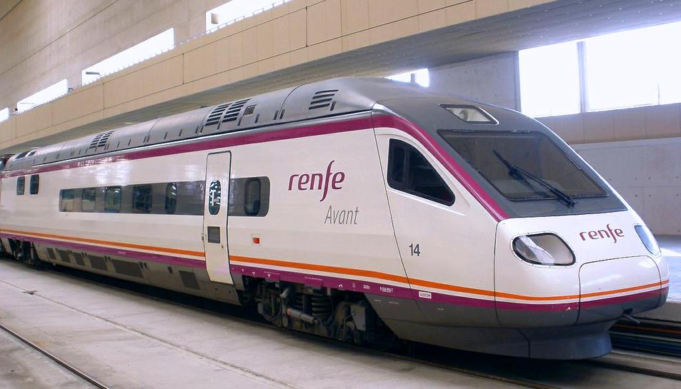 Imatge d'arxiu d'un tren Avant de Renfe.