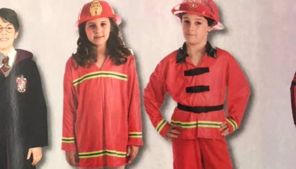 Imatge de les disfresses de bombers que ven Abacus.