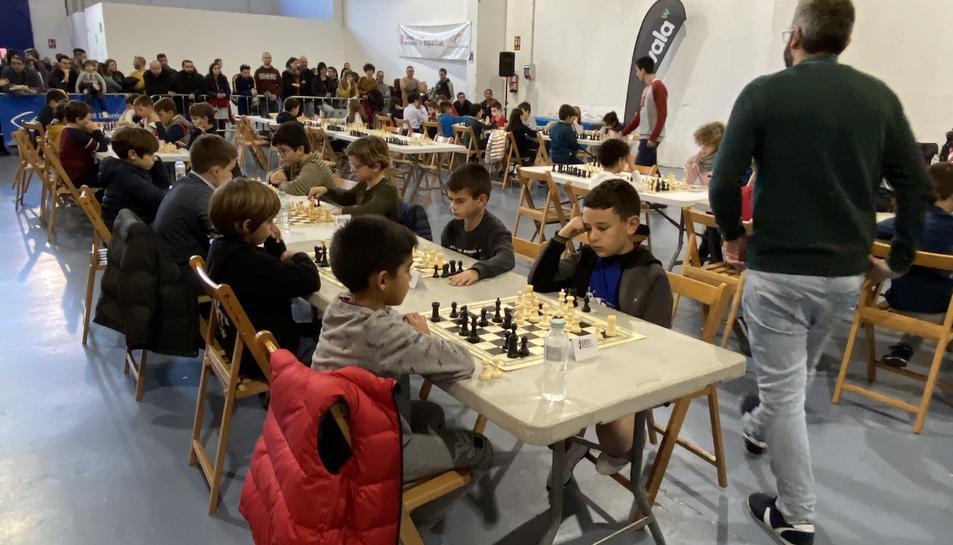 Aquesta fase va ampliant la seva participació, tant de jugadors provinents de centres escolars, com també de clubs.