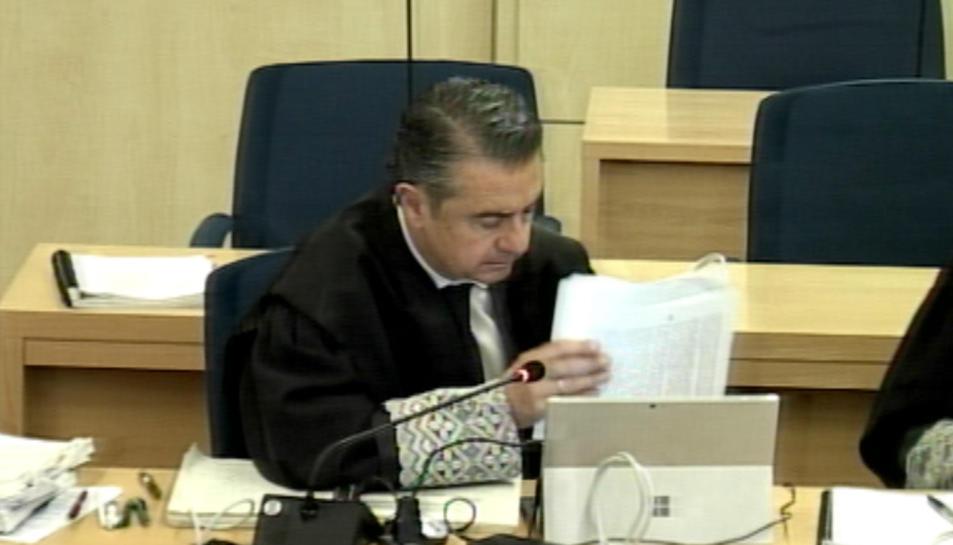 El fiscal Miguel Ángel Carballo durant l'interrogatori al número 2 de Baena a l'Audiència Nacional.