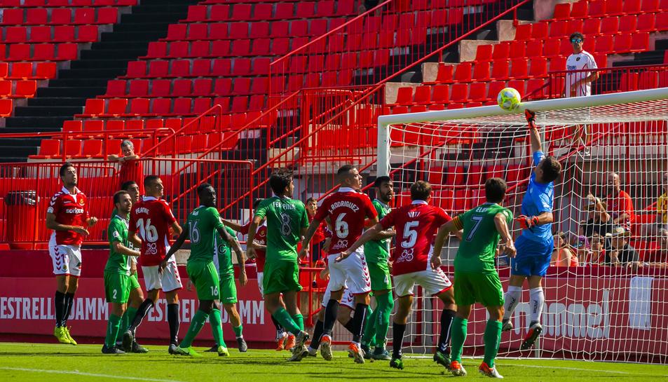 El partit de la primera volta disputat entre aquests dos conjunts al Nou Estadi va acabar en empat a dos.