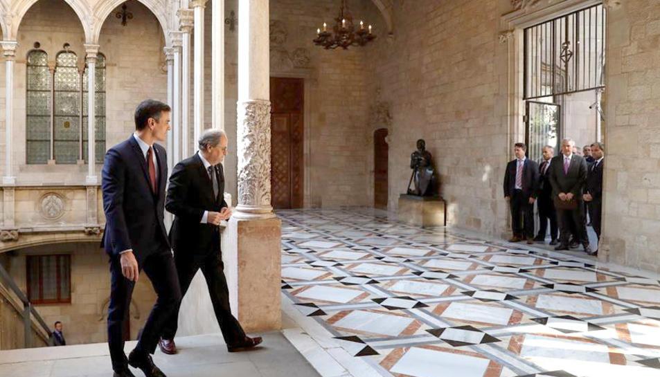 Els presidents Sánchez i Torra al Palau de la Generalitat.