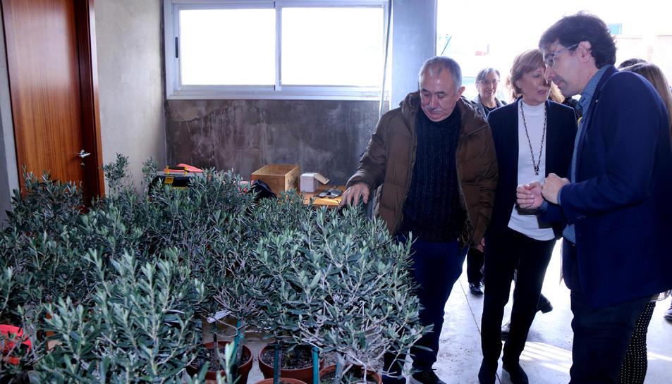 Pla general del secretari general de la UGT, Josep Maria Álvarez, i l'alcalde de Flix, Francesc Barbero.