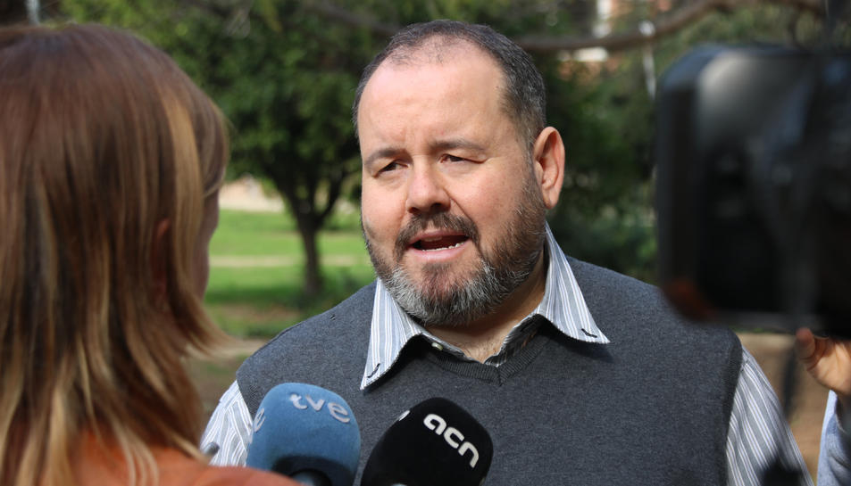El portaveu de Catalunya En Comú, Joan Mena, després d'una reunió del consell nacional del seu partit