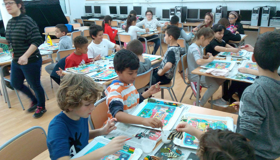 Imatge dels alumnes durant el taller.