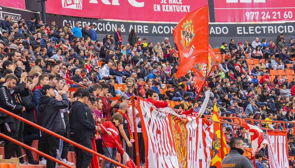 L'afició de gol de muntanya en el partit d'ahir contra el Lleida.