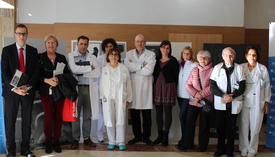 L'exposició es pot veure al vestíbul del centre hospitalari.
