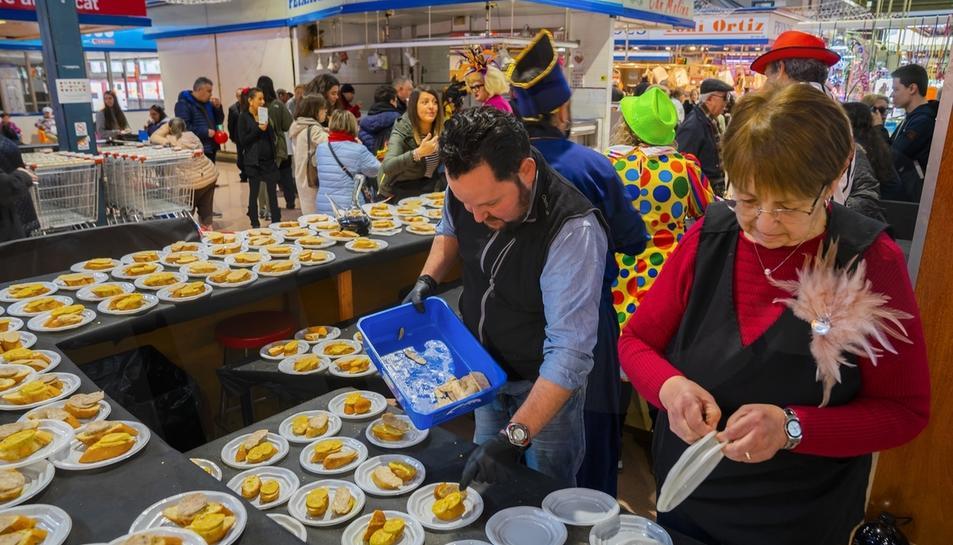 Butifarra con huevo en el Mercat de Reus