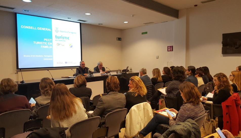 Imatge de la reunió al Museu d'Art Modern de la Diputació de Tarragona.