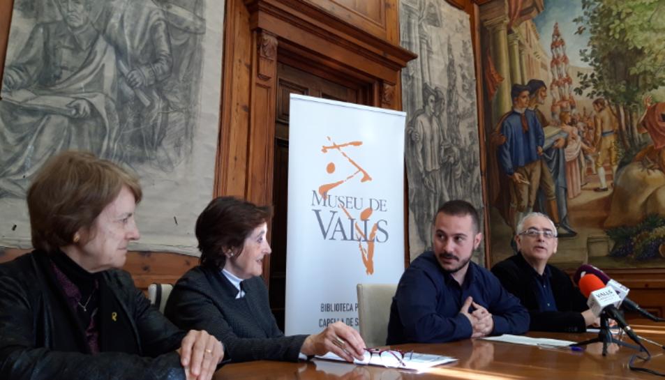 Les filles van lliurar centenars d'obres el Museu de Valls.