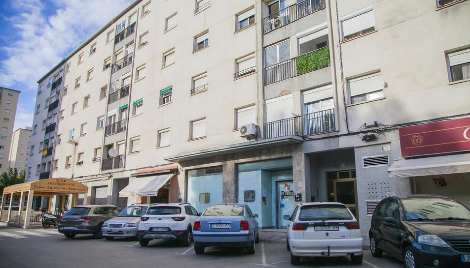 Local del Bloc Sant Andreu del barri de Sant Pere i Sant Pau on hauria d'anar el centre de culte.