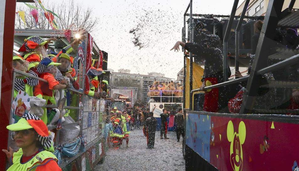 Batalla de Confeti del Carnaval de Reus. 02