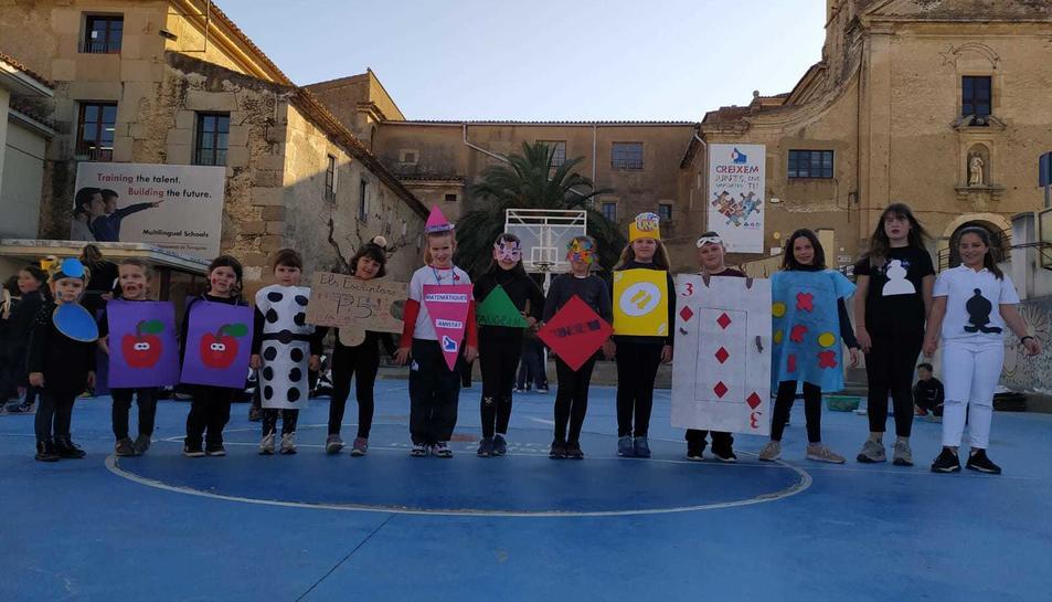 Celebración del Carnaval en el colegio Sant Rafael de la Selva del Camp
