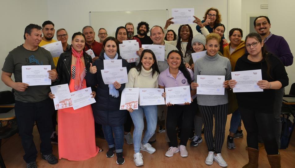 Alumnes que van participar en la cloenda del curs.