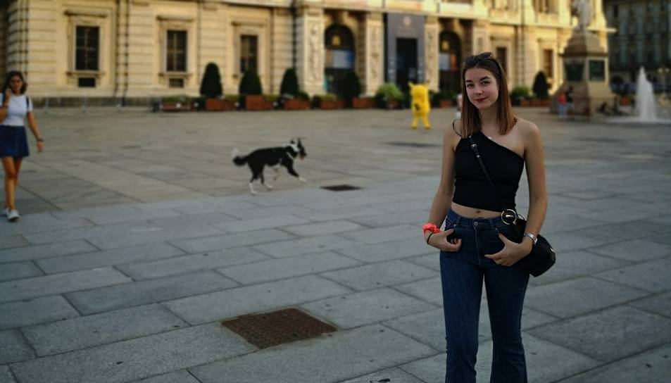 Manzano en una fotografia a la piazza Castello de Torino.
