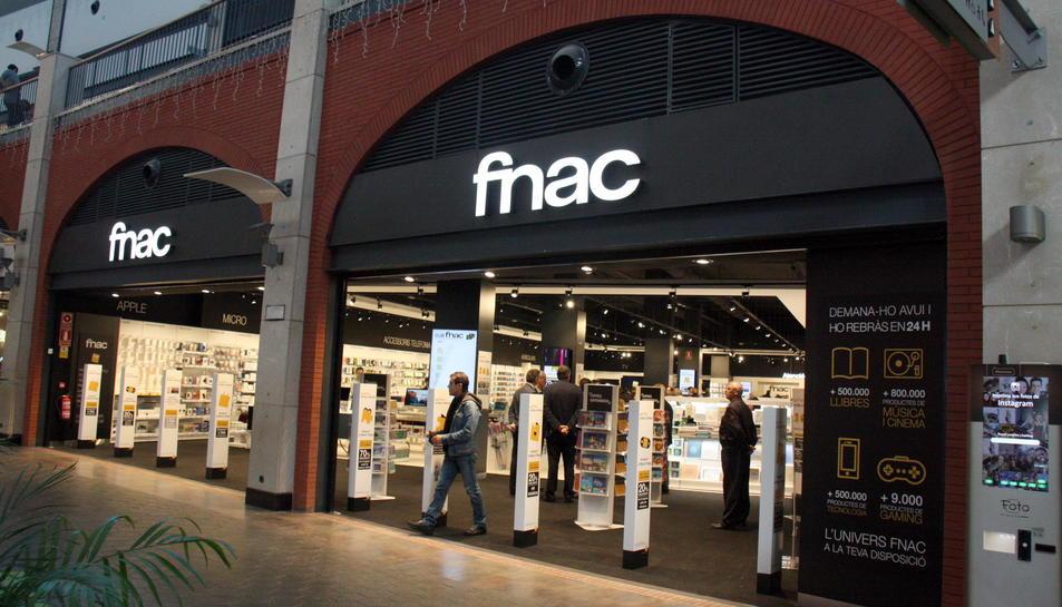 Imatge d'arxiu de l'exterior d'una botiga de la companyia FNAC.