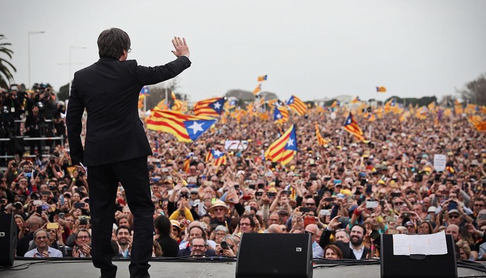 Imatge de la comparexença de Puigdemont