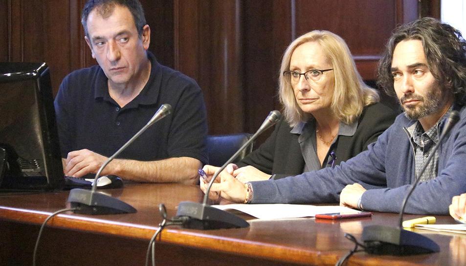 La diputada del PSC-Units Assumpta Escarp, que ha estat escollida presidenta de la comissió d'estudi sobre la petroquímica de Tarragona