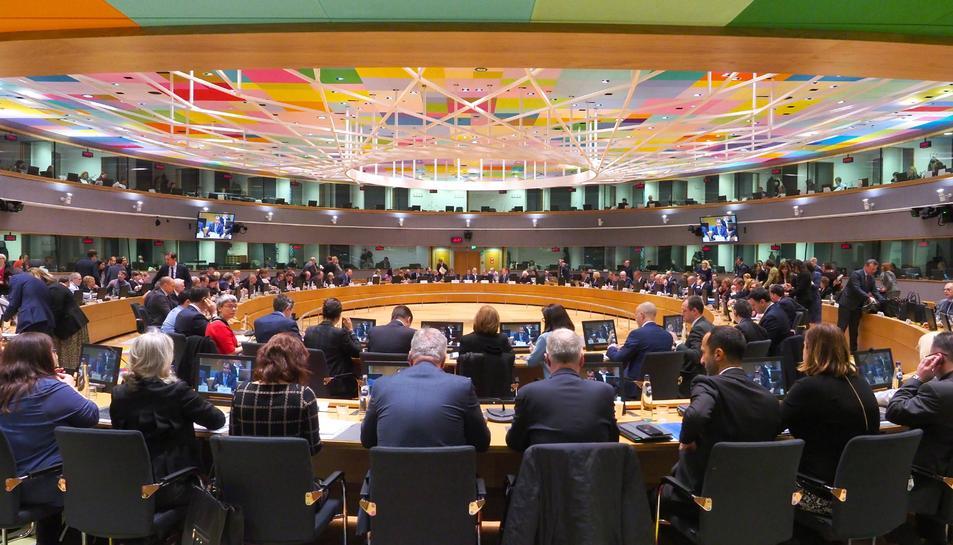 Pla general del consell extraordinari de Salut a Brussel·les per abordar el coronavirus.