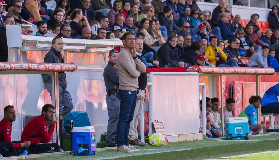 Toni Seligrat, durant el Nàstic-Valencia Mestalla.