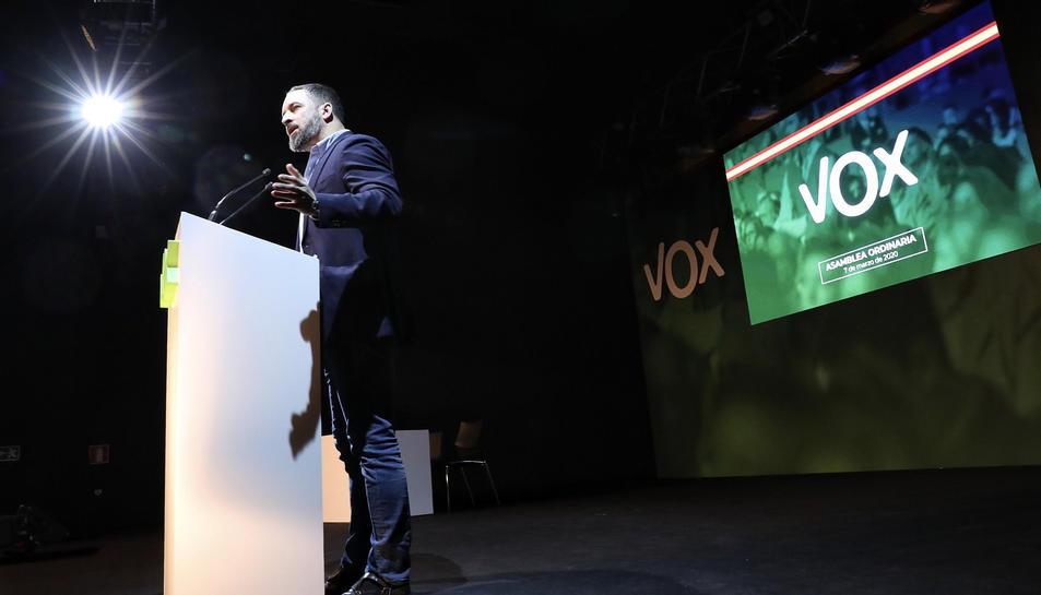 Santiago Abascal durant la seva intervenció a l'assemblea.