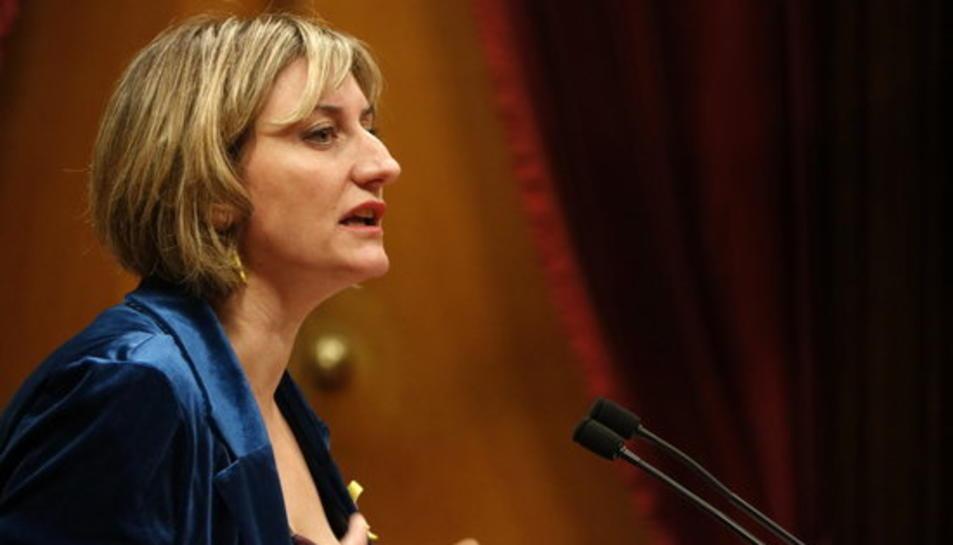 La consellera de Salut, Alba Vergés, intervenint al ple del Parlament el 5 de març del 2020,