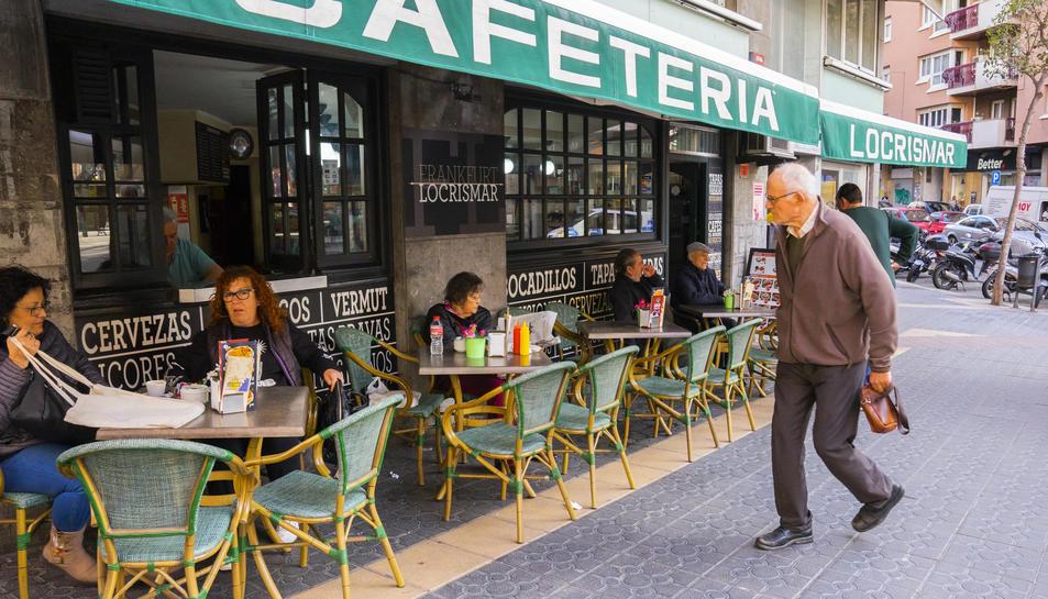 L'AEHTC considera que l'ordenança de terrasses serà molt perjudicial per als bars petits i mitjans.