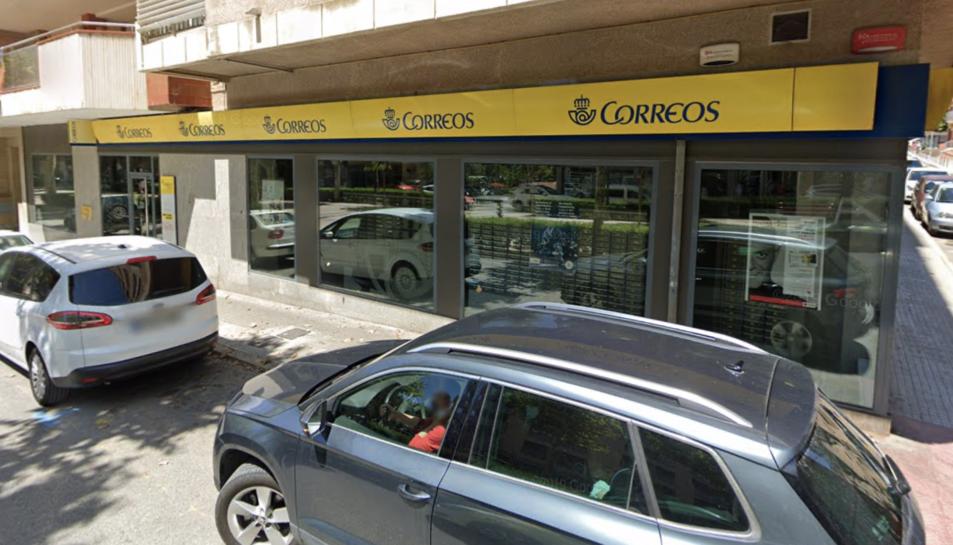 Imatge d'arxiu d'una oficina de Correus a Valls.
