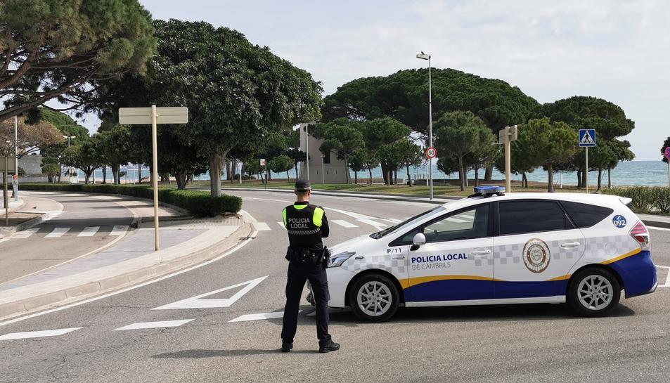 Imatge d'un agent de la Policia Local de Cambrils.