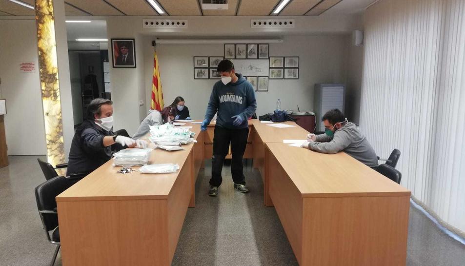 Treballadors a l'Ajuntament de Sarral durant el Covid-19
