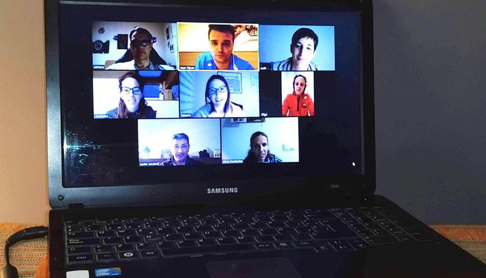 Imatge de la darrera sessió de la junta d govern de l'Ajuntament d'Agramunt, celebrada de forma telemàtica.